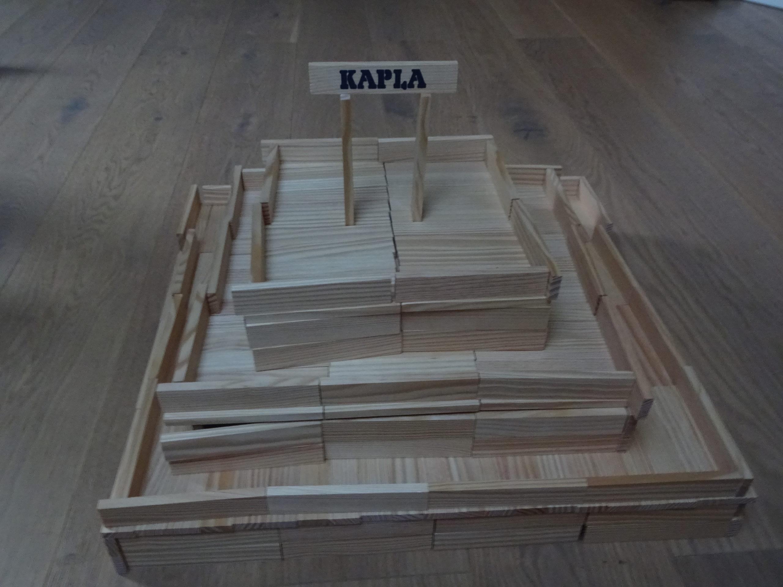 Bergen spielt Kapla